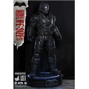 Batman vs Superman - Batman Armored Statue Taille Réelle Hot Toys